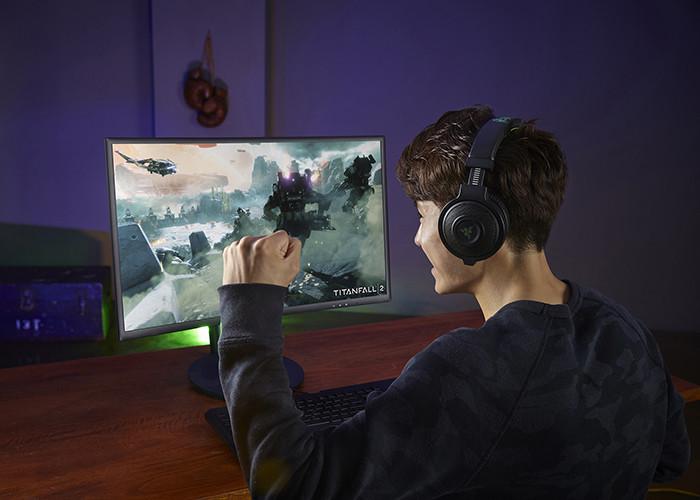 Samsung начинает поставки игрового монитора CFG70 для прогеймеров