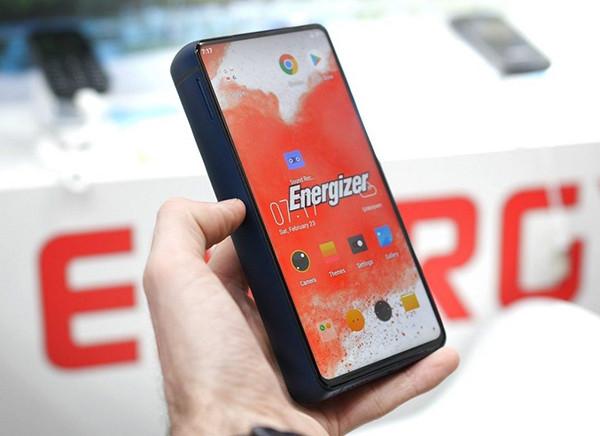 Самые-самые в мире: 9 смартфонов с суперфункциями, которых нет у конкурентов