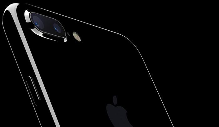 Израильская компания подала в суд на Apple из-за камер iPhone 7 Plus и 8 Plus
