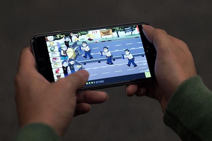 Играем на ходу: 4 смартфона для мобильных геймеров