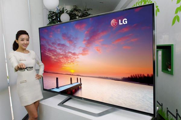 CES 2013: на выставку привезли телевизоры и сенсорные экраны сверхбольшого размера