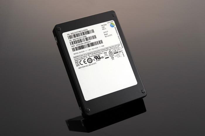 SSD-накопитель Samsung емкостью 15 Тб оценили в 10 тысяч долларов