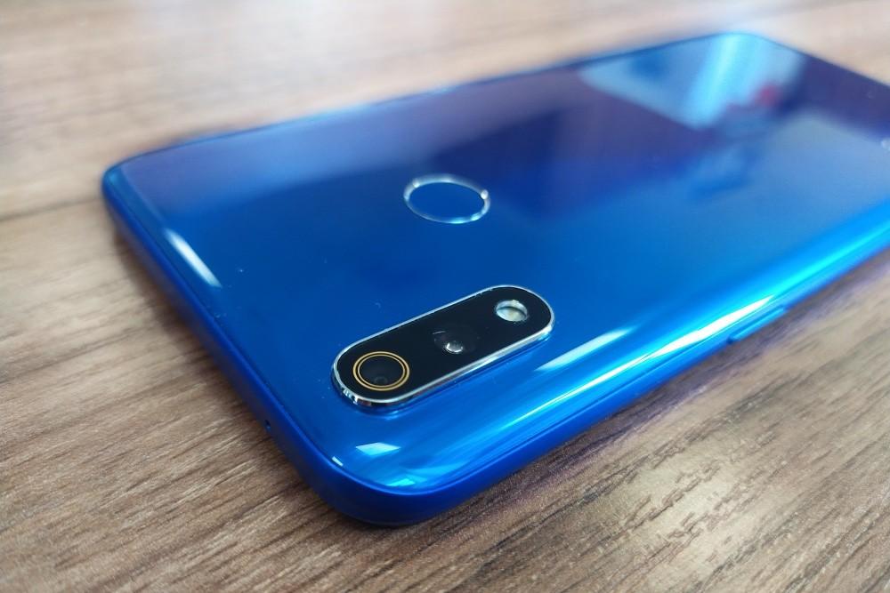 Обзор смартфона realme 3 Pro