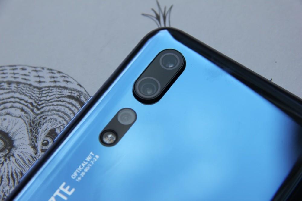 Обзор смартфона ZTE Axon 10 Pro: почти как флагман, но вдвое дешевле