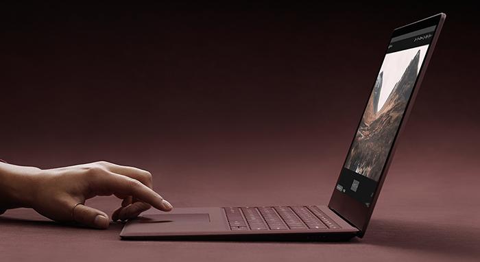 Ноутбук Microsoft Surface Laptop быстрее MacBook Pro с Core i7
