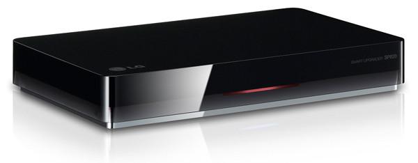 LG привезла в Россию два медиаплеера для превращения обычных телевизоров в Smart TV