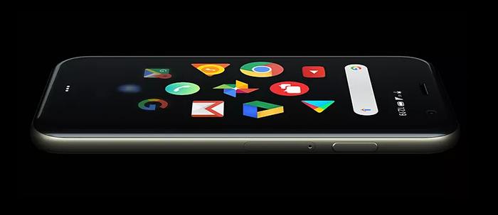 Palm воскресла и представила один из самых необычных смартфонов 2018 года