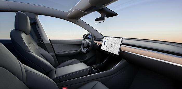 Илон Маск скрестил Tesla Model 3 с Model X и получил новый кроссовер Model Y