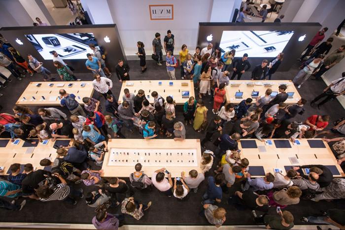 В России начались продажи часов Apple Watch