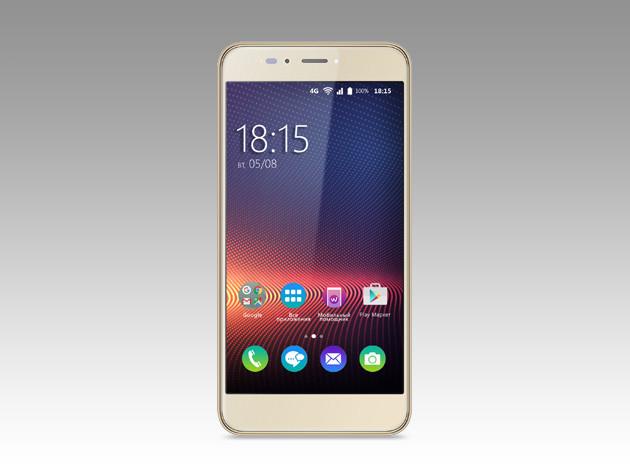BQ-5504 Strike Selfie Max: бюджетный смартфон с Android 7.0 для любителей селфи