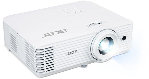 Acer привезла в РФ проектор, созданный специально для любителей футбола