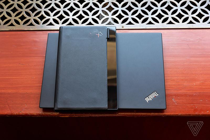 Lenovo показала первый в мире ноутбук с гибким OLED-экраном