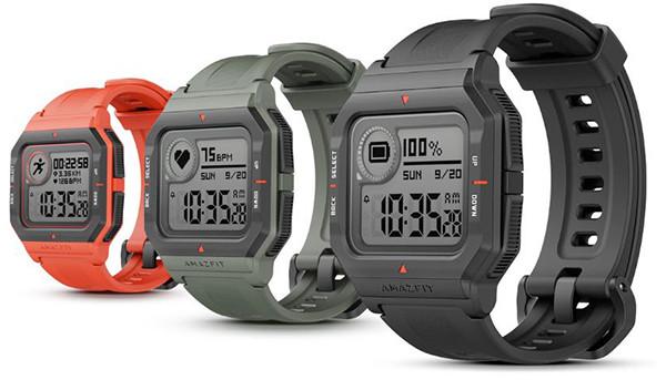 Китайские смарт-часы за 3 тысячи рублей выглядят как Casio из восьмидесятых. Со дня на день они появятся в России