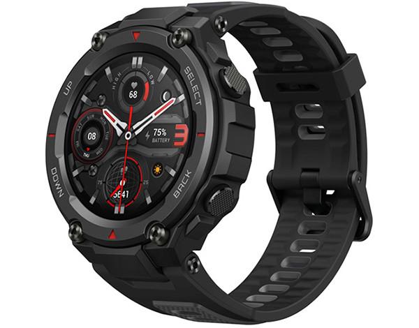 В России начались продажи Amazfit T-Rex Pro – умных часов с уникальным уровнем защиты корпуса