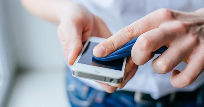 Коронавирус и смартфоны: 7 правил, которые помогут не подхватить заразу «благодаря» вашему гаджету