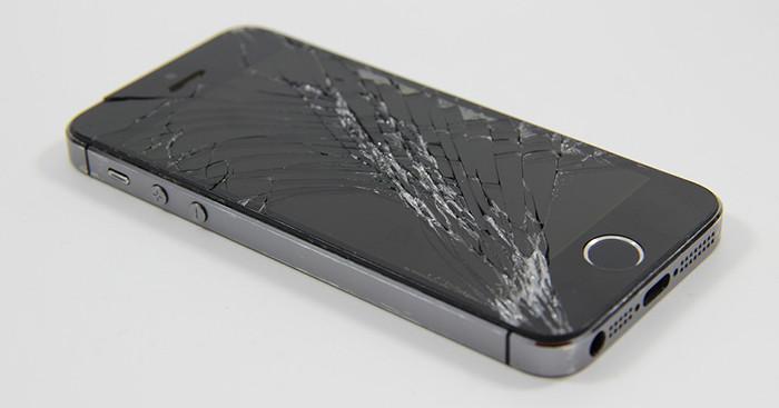 iphone разбитый экран