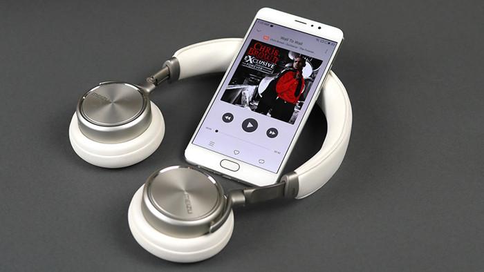 Представлен флагманский смартфон Meizu Pro 6 Plus с процессором Samsung и экраном Super AMOLED