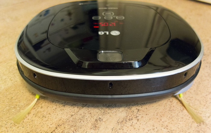 Обзор робота-пылесоса LG HOM-BOT SQUARE: полезная вещь или дорогой гаджет?