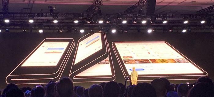 Samsung показала раскладной «смартфон будущего» с гибким экраном и форм-фактором книги