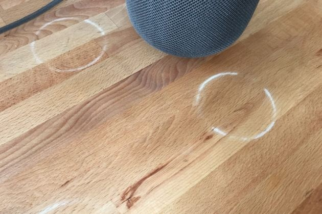 Умная колонка Apple HomePod портит мебель. В Apple уже признали проблему