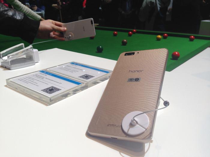 Huawei Honor 6 Plus: чего можно добиться за год