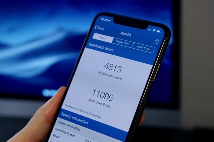 тесты iPhone Xs и iPhone Xs Max