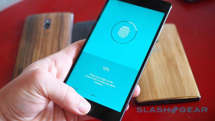В Китае представлен флагманский смартфона OnePlus 2 ценой от 329 долларов