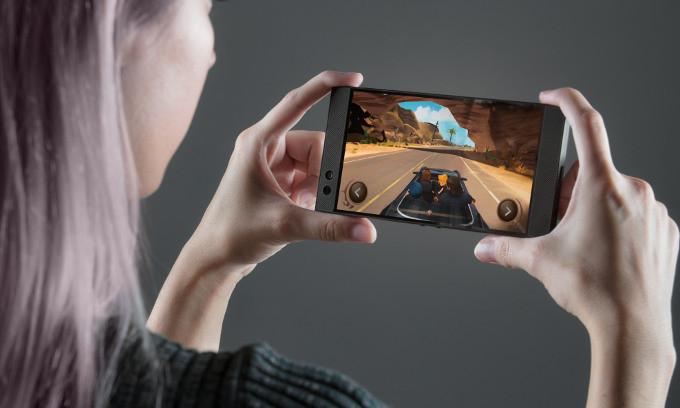 Razer Phone: ультимативный геймерский смартфон с 8 Гбайт оперативки и 120-герцевым экраном