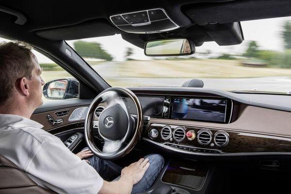 Технологии беспилотных автомобилей найдут применение в роботах