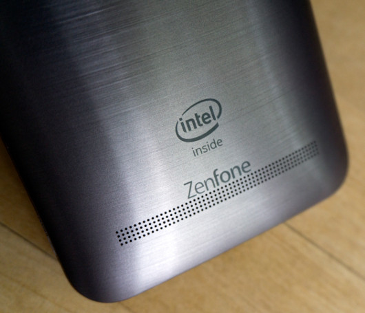 Смартфон ASUS Zenfone 2: Платформа созрела
